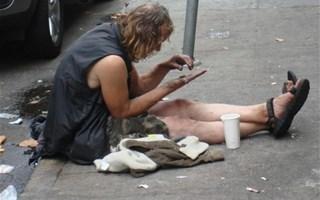 454 personnes mortes dans la rue en 2013, dont des enfants