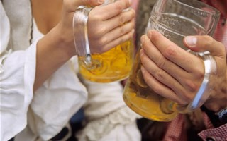 Addictions au travail : 6000 médecins seront formés aux conduites addictives