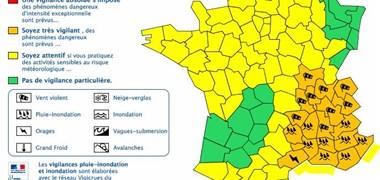 Alerte météo : 19 départements en vigilance pour des orages, vent et pluie