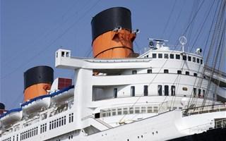 La croisière abuse : les bateaux de croisière asphyxient l'air des ports