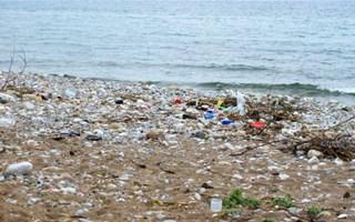 Déchets plastiques océans
