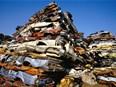 Les douanes françaises saisissent 332 tonnes de déchets illégaux en un mois