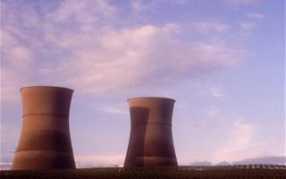 L'objectif de baisse du nucléaire à 50 % en 2025 n'est pas atteignable, selon Nicolas Hulot