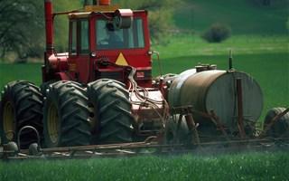 Pesticides : le glyphosate réautorisé provisoirement pendant 18 mois en Europe