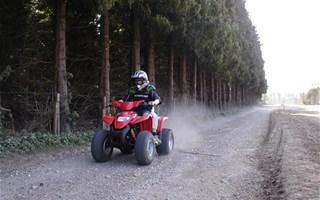 Pratique du quad en milieu naturel
