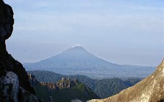 Volcan Sinabung au repos