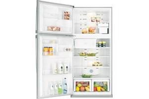 Je fais l'inventaire de mon réfrigérateur avant de faire les courses