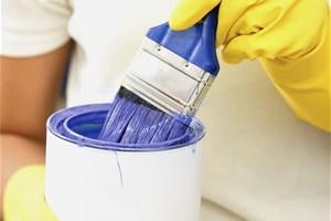 Je nettoie mes pinceaux avec du savon noir