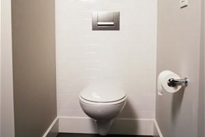 Huiles essentielles désodorisant wc