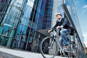 Je vais au travail à vélo